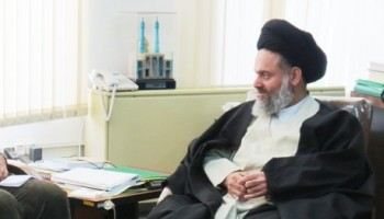 hosseini-boushehri-sitted
