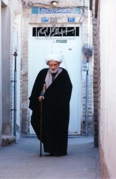 bahjat-in-alley