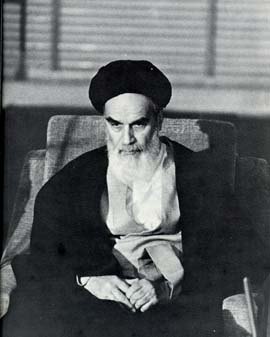 khomeini-on-chair