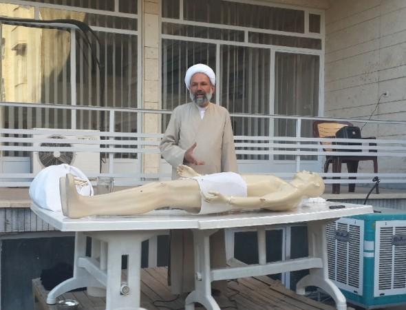 کارگاه تجهیز میت در مدرسه فقهی امام محمد باقر(ع)