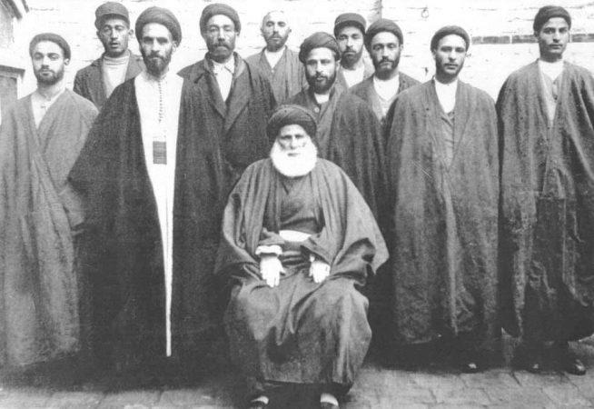 مرحوم آیتاللهالعظمی سید حسین طباطبایی قمی (معروف به حاجآقا حسین قمی)